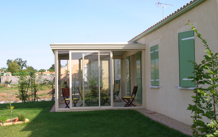 V randa sur mesure maison moderne extension de for Agencement d une maison