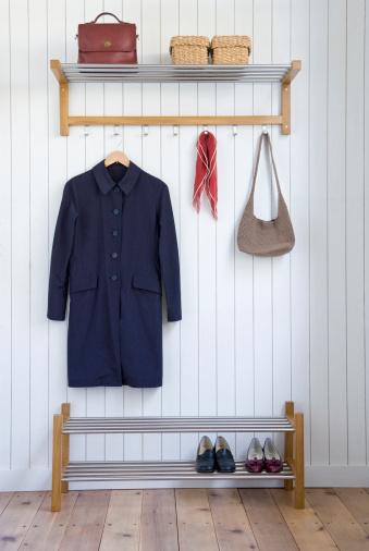 astuces rangement rangement gain de place rangement linge maisonmaison moderne. Black Bedroom Furniture Sets. Home Design Ideas