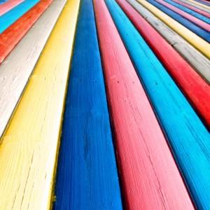 Restaurer son mobilier de jardin pourquoi pas maison moderne - Lasure de couleur pour bois exterieur ...