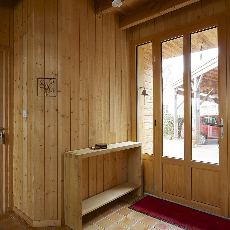 Menuiseries zoom sur la fen tre en bois alu maison modernemaison moderne - Fenetre moderne maison ...