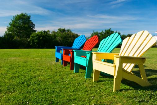 Restaurer son mobilier de jardin, pourquoi pas ?