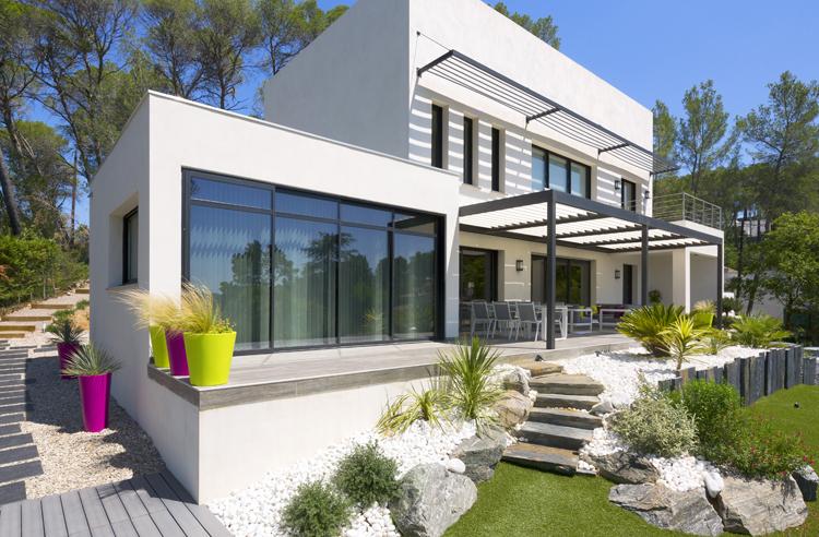 Une Belle Maison Moderne En Provence